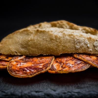 Bocadillo Gourmet Chorizo Ibérico de Bellota. Museo del Jamón Alcorcón