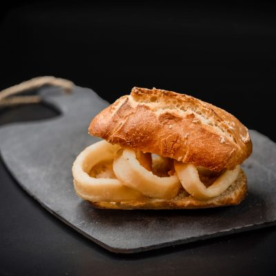 Montado Calamares. Restaurante Museo del Jamón Alcorcón