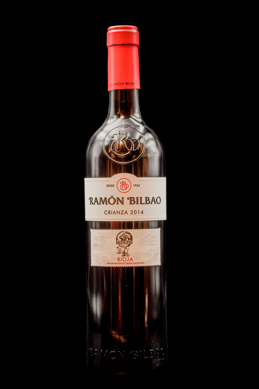 Botella Vino Tinto Rioja Ramon Bilbao Restaurante Museo del Jamón de Alcorcón